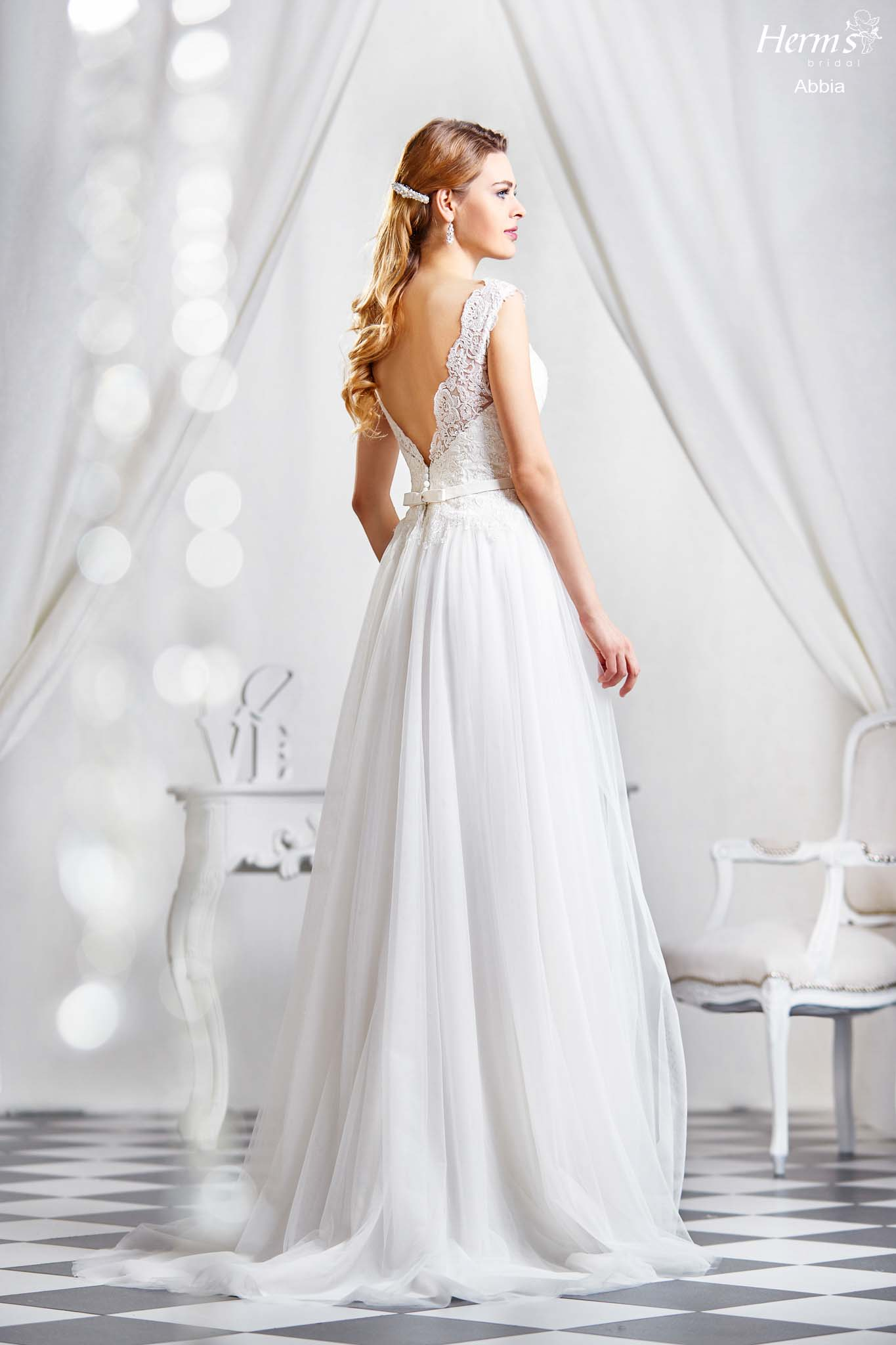 wedding dress Herm's Bridal Abbia