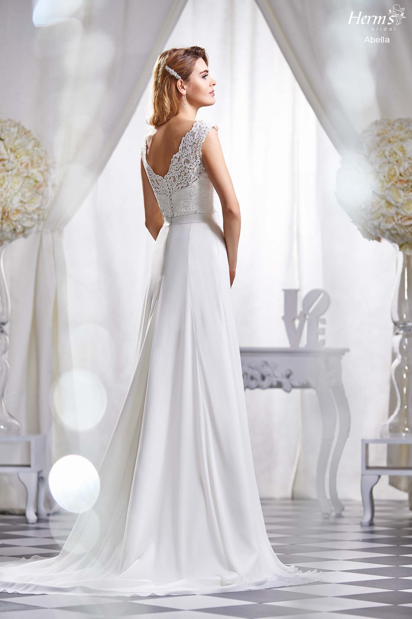 wedding dress Herm's Bridal Abella
