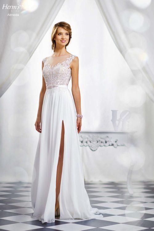 wedding dress Herm's Bridal Almeda