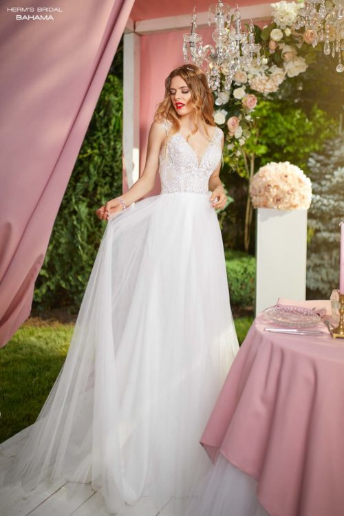 wedding dress Herm's Bridal Bahama