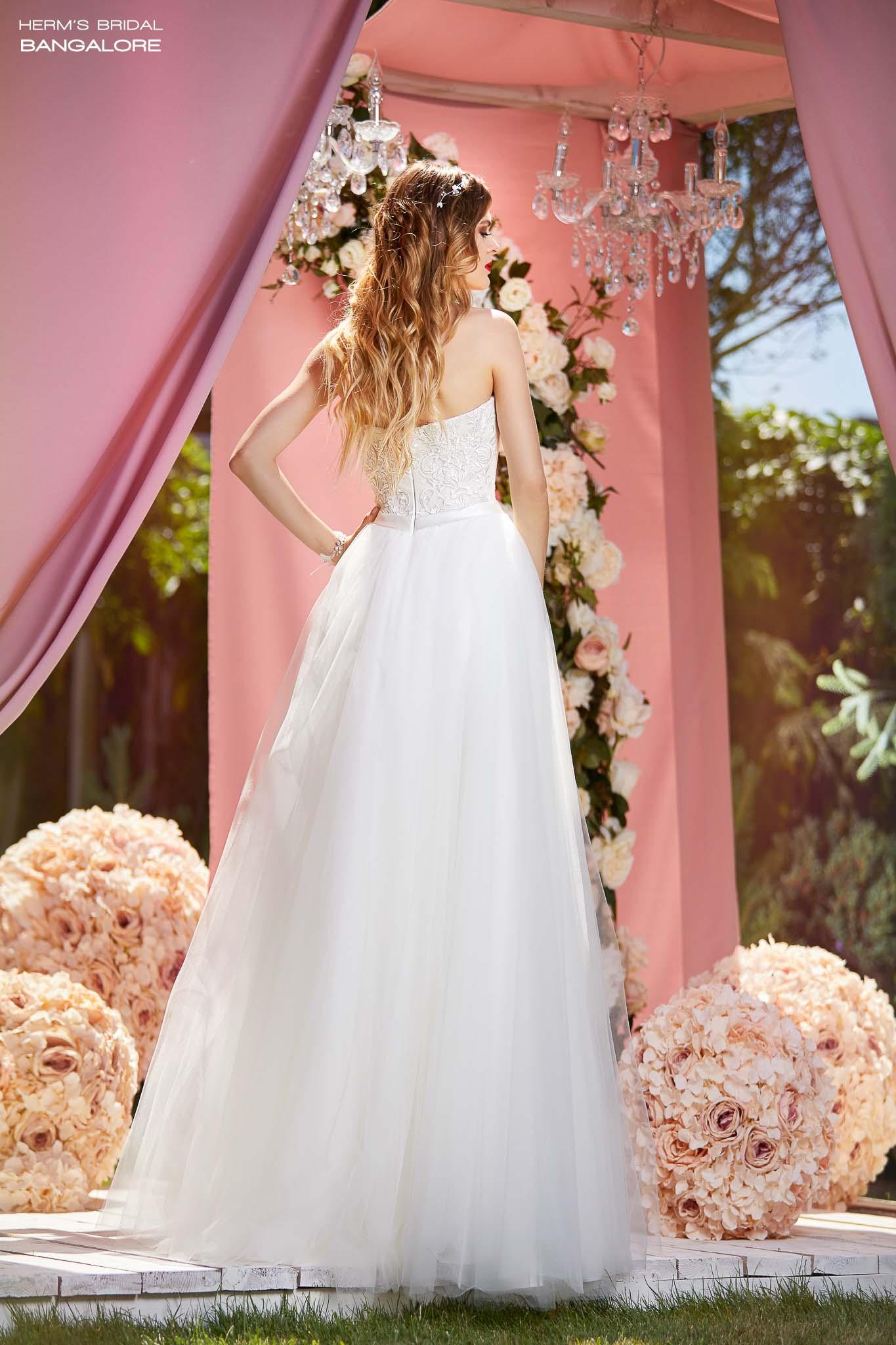suknia ślubna Herm's Bridal Bangalore
