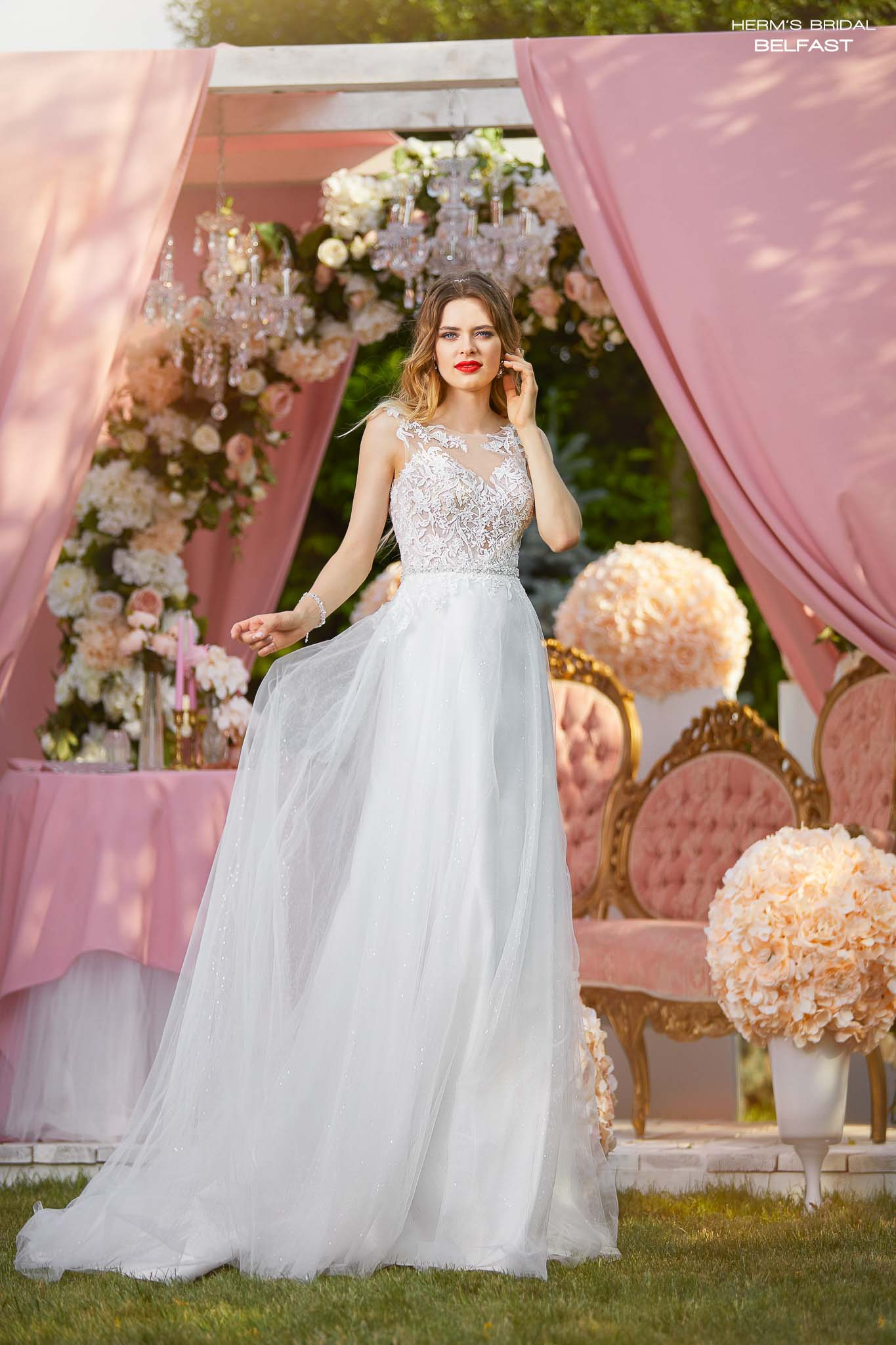 Wedding dress BELFAST - 2018 collection - Herms Bridal