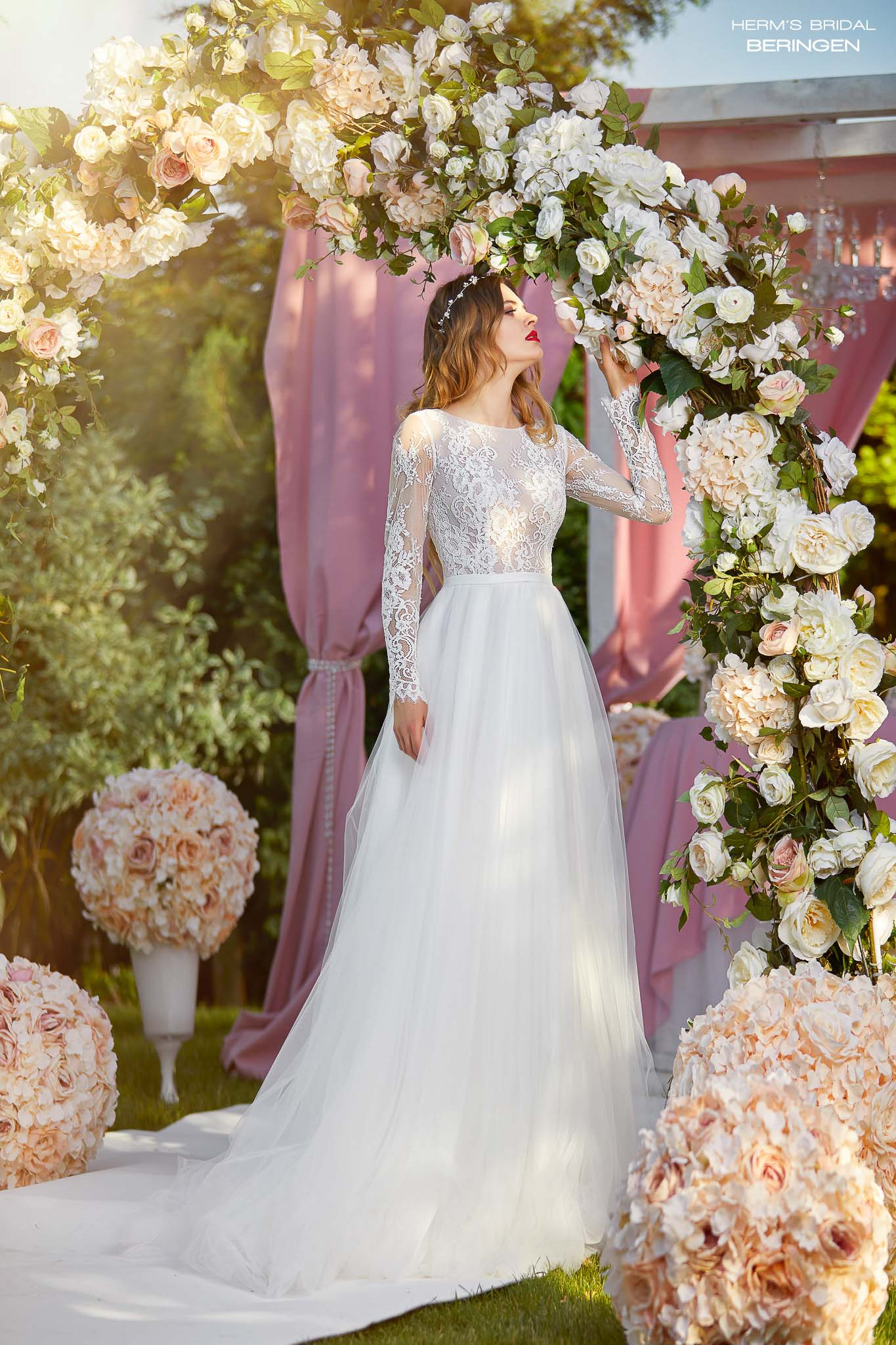 wedding dress Herm's Bridal Beringen
