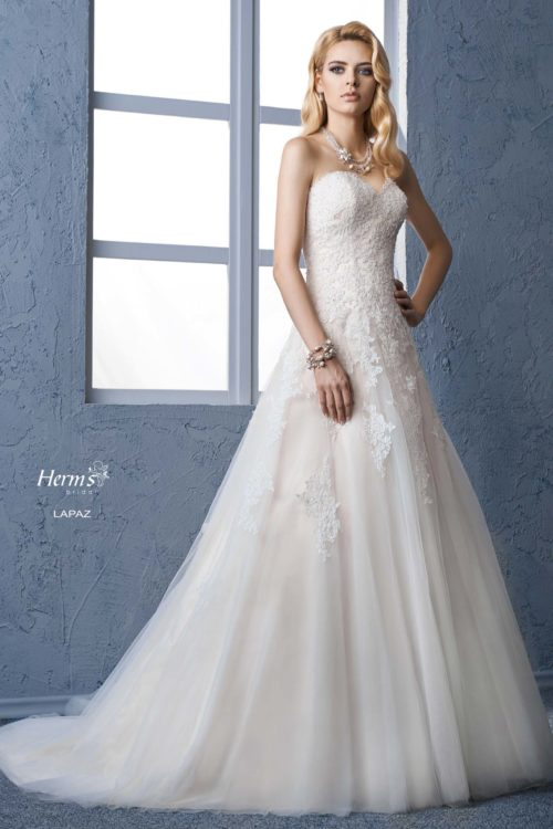 wedding dress Herm's Bridal Lapaz