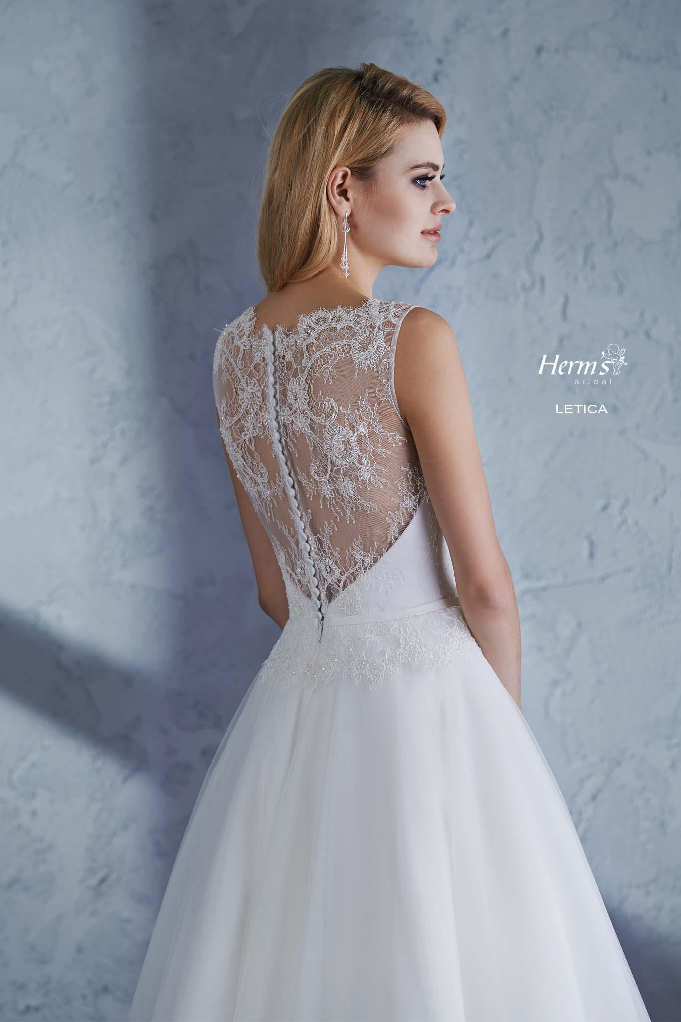 wedding dress Herm's Bridal Letica