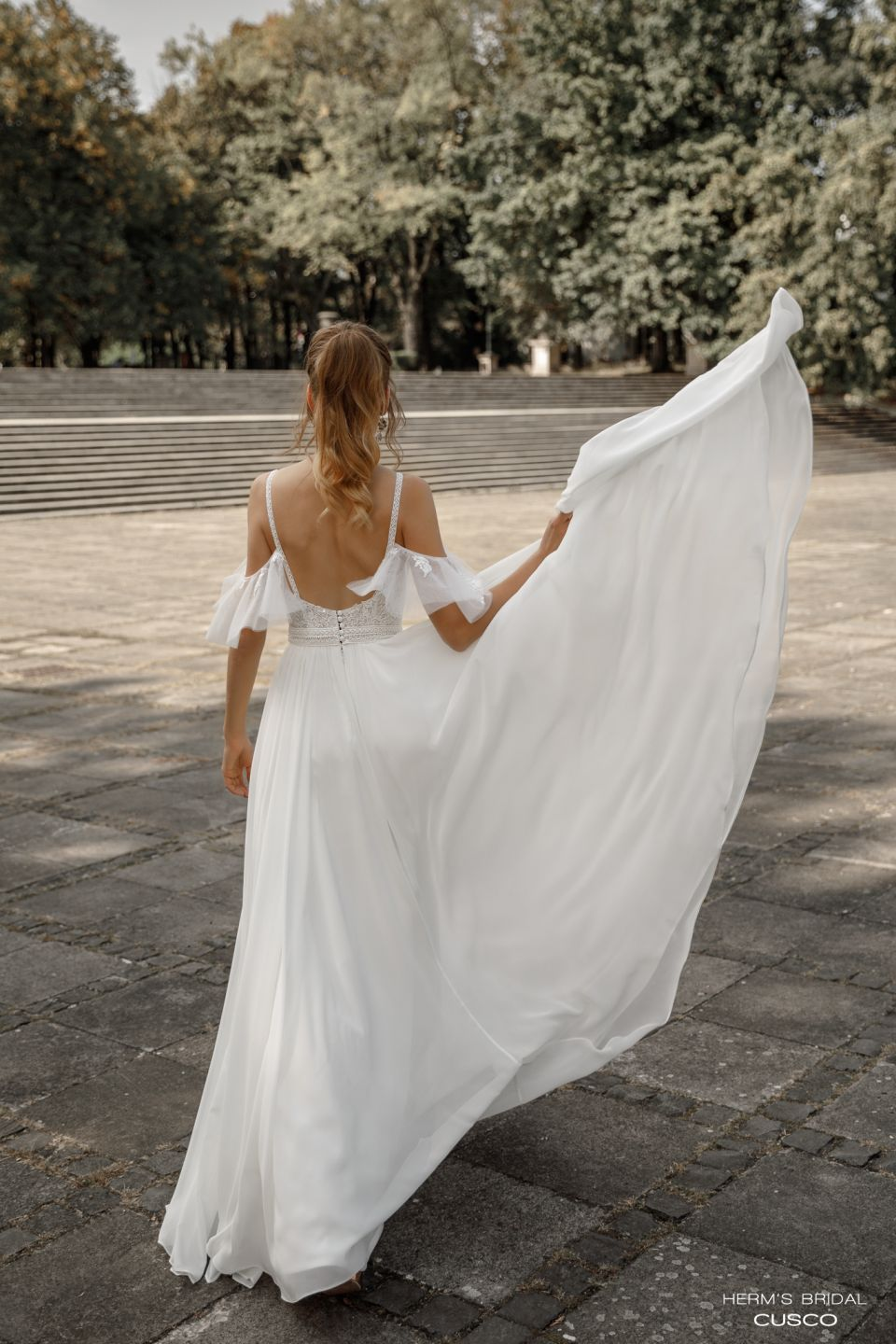 wedding dress herms bridal Cusco